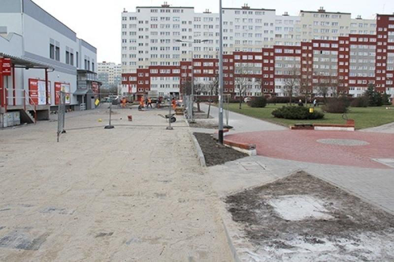 Kostka zamiast asfaltu na Osi Kartuskiej