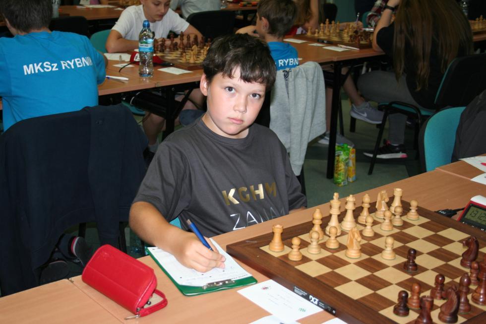 4 medale szachistów Miedzi