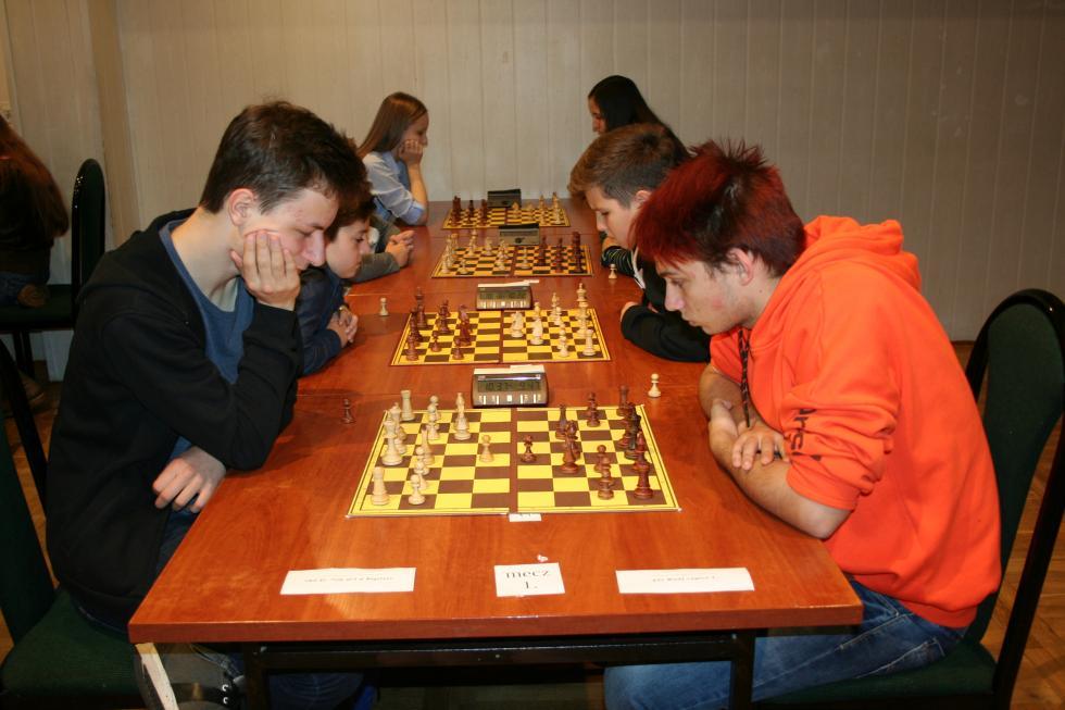 Złote medale szachistów Miedzi