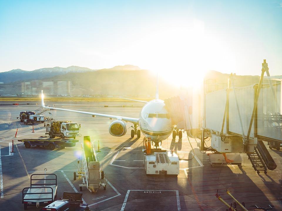 Jak dobrać odpowiednie zabezpieczenie doprzewozu ładunku?