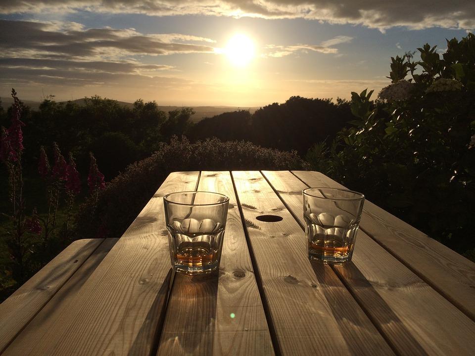Dlaczego sposób picia whisky budzi tyle kontrowersji?