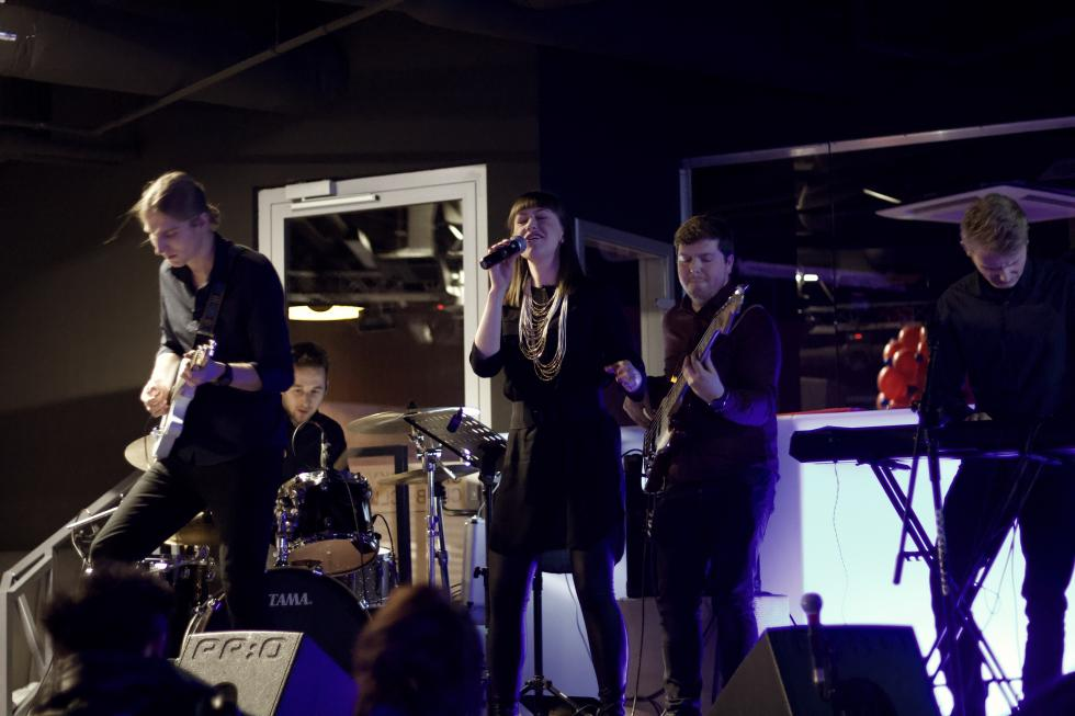 """""""PatiKa""""- nowe, rockowe wcielenie wokalistki jazzowej - Patrycji Kamola wystąpiła na koncercie charytatywnym wLegnicy"""