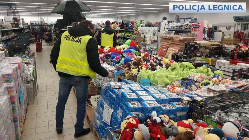 Zabezpieczyli ponad 1300 sztuk podrobionych zabawek isprzętu AGD