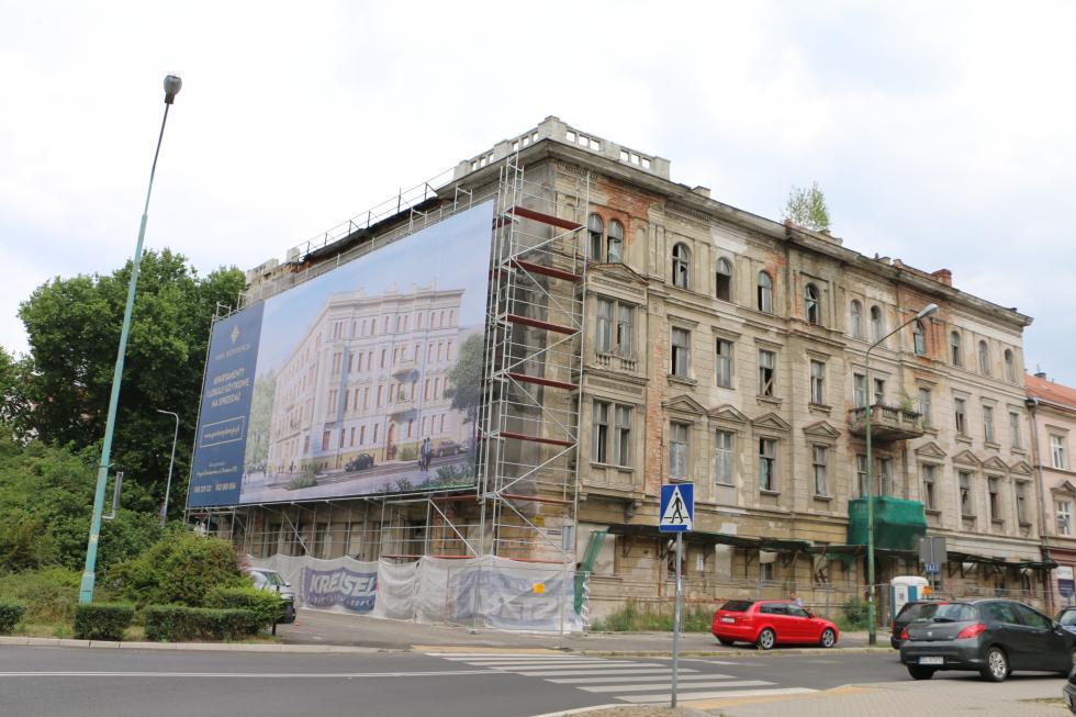W Dresdner Banku powstaje parkowa rezydencja