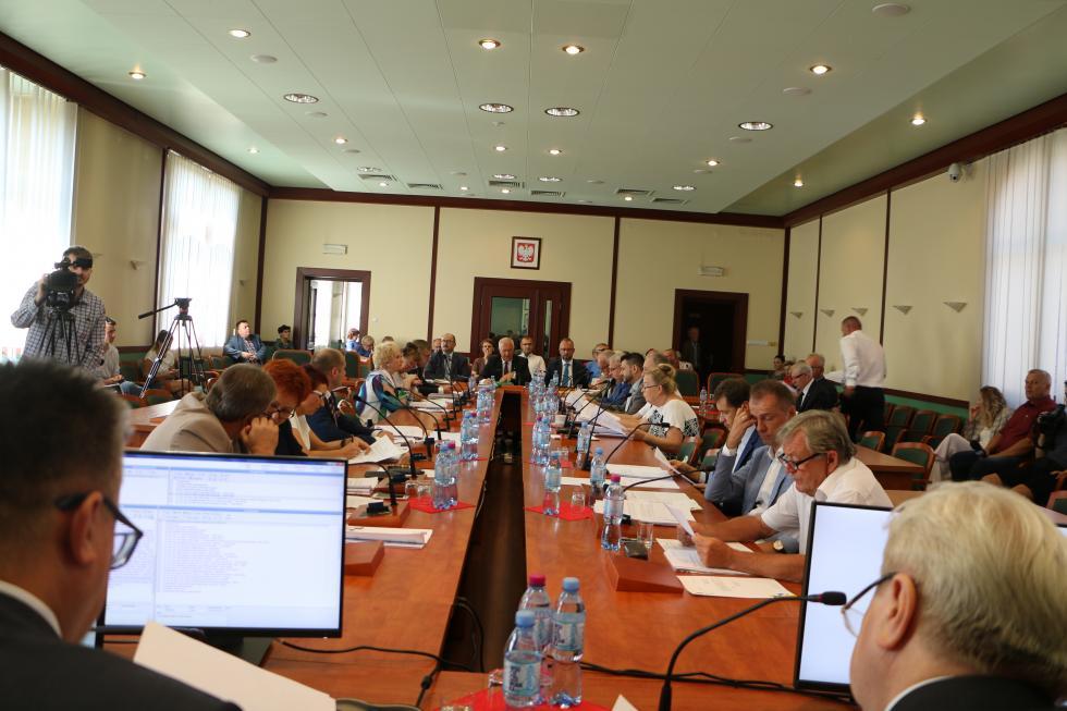 Przedostatnia sesja Rady Miejskiej Legnicy wtej kadencji