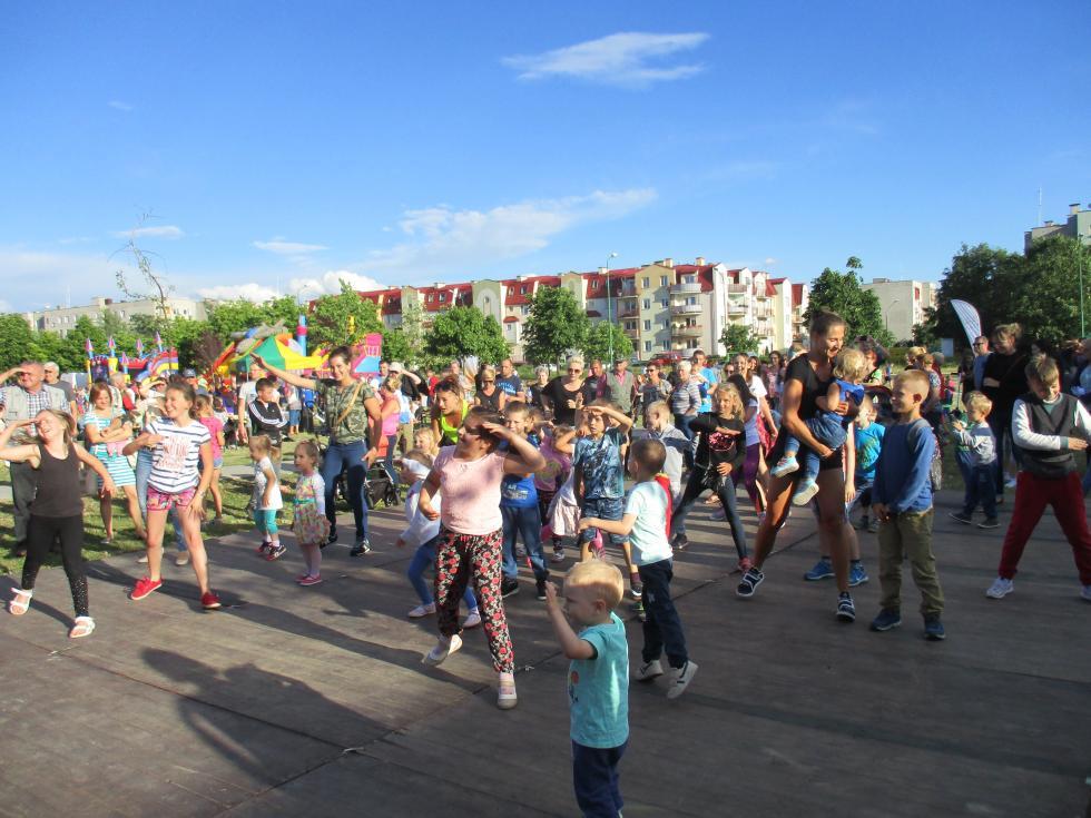 Wakacyjny Festyn na Piekarach C - wpiątek opiątej