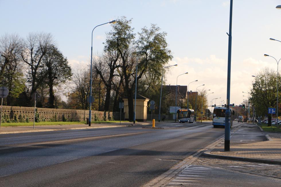 LPGK zaprasza doprzetargu na miejsca dohandlu przy cmentarzu