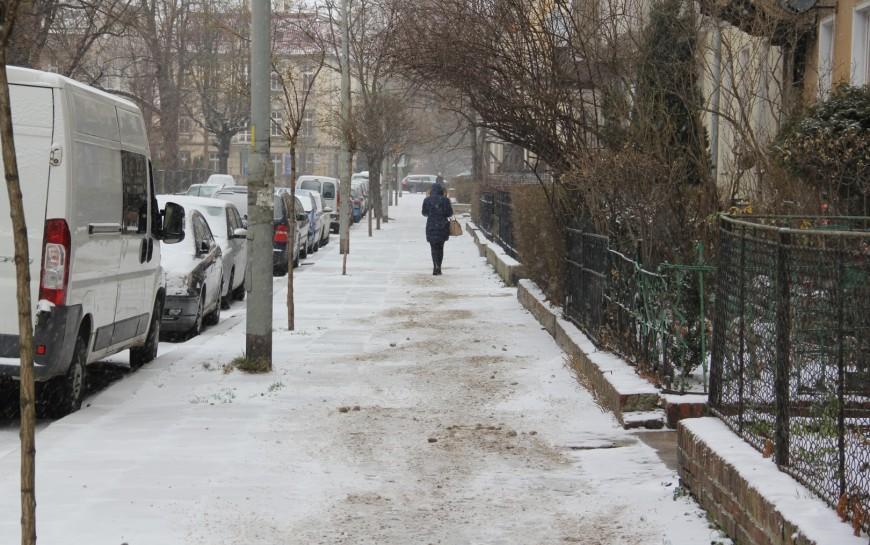Chodniki muszą być sprzątane ibezpieczne dla pieszych