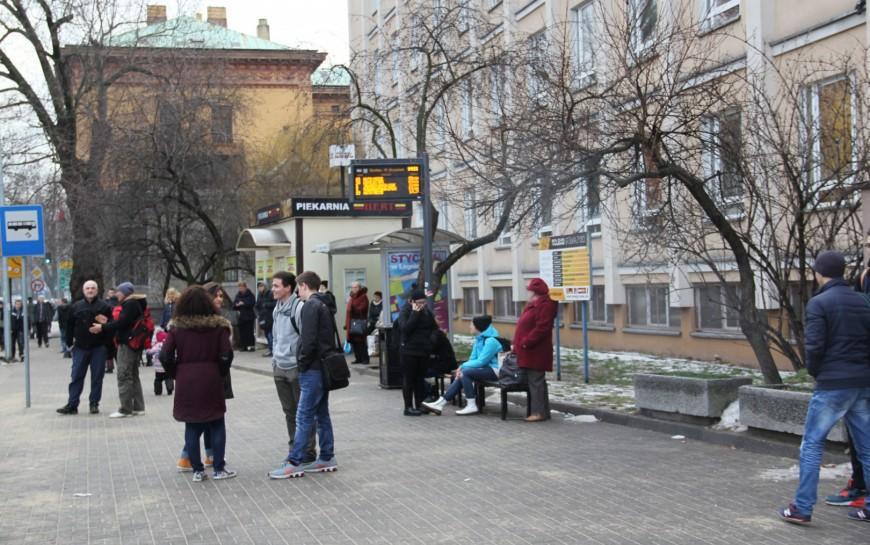 Firma Wójcik posprząta legnickie przystanki autobusowe