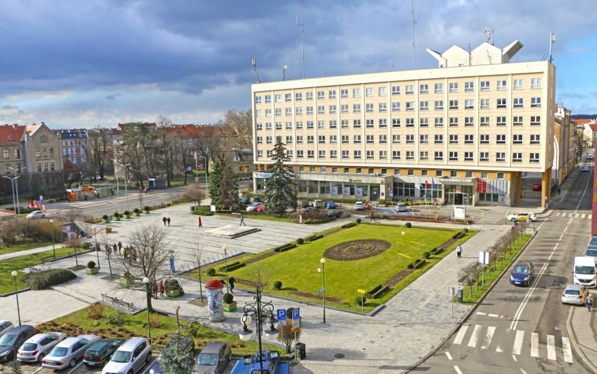 Kto wykona dokumentację rewitalizacji placu Słowiańskiego
