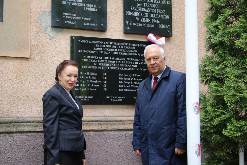 Uczcili rocznicę zakończenia II wojny ibohaterów Wielkiej Ucieczki z1944 roku