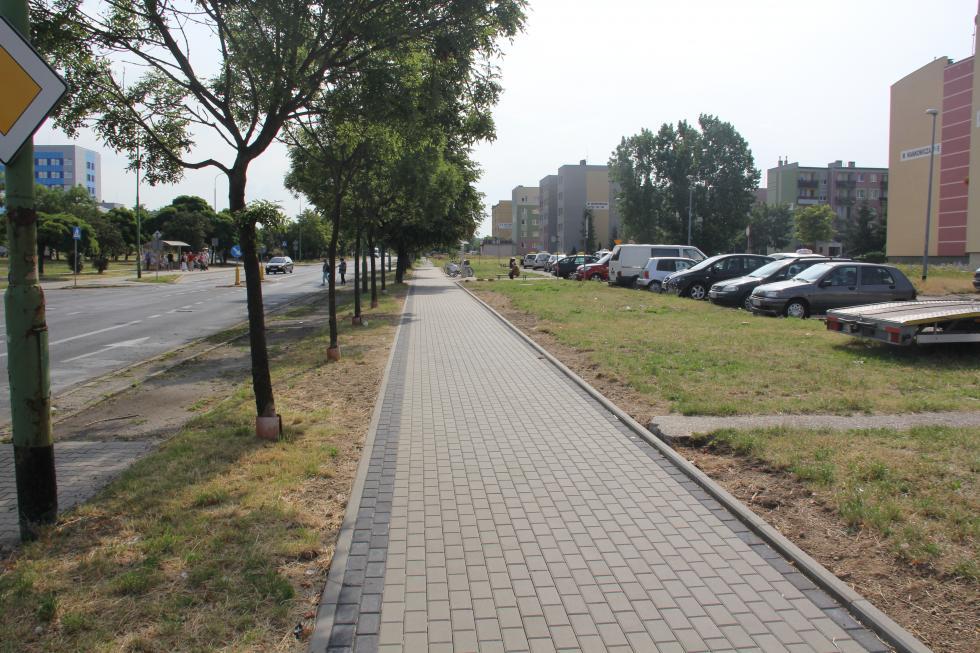 Nowy chodnik przy ul. Iwaszkiewicza