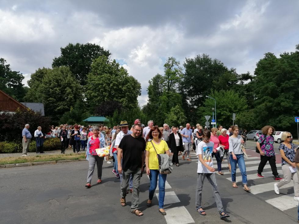 Lekcja historii wparku Miejskim dla kilkuset osób