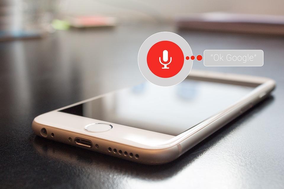 Poznaj wyszukiwanie głosowe ! Ułatwienie wzasięgu ręki