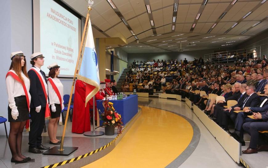 Studenci legnickiej PWSZ rozpoczęli nowy rok akademicki