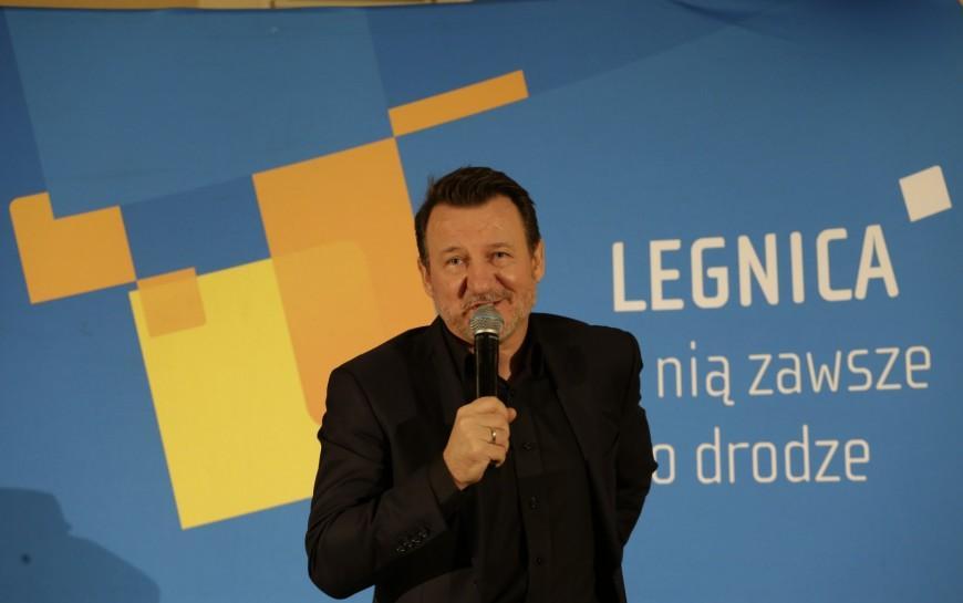 Robert Więckiewicz oczarował legnicką publiczność