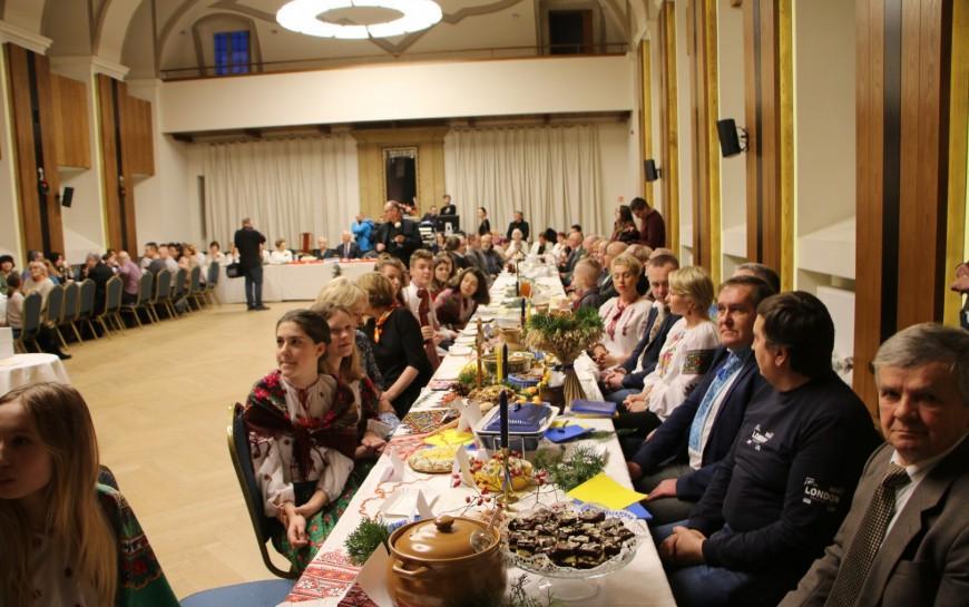 XVIII Wigilia Narodów. Przedstawiciele mniejszości przy świątecznym stole