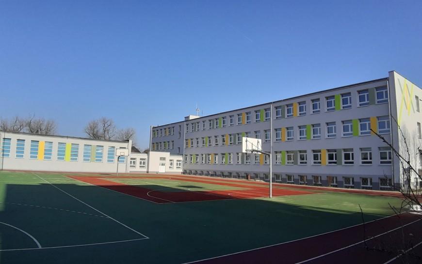 Termomodernizacja budynku Szkoły Podstawowej nr 19 na finiszu