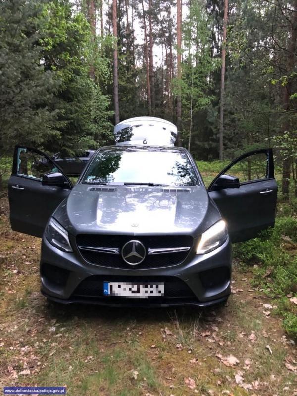 Odzyskali kilka aut, wtym jedno owartości 300 tys. zł.