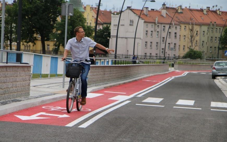 Wsiądź na rower, jedź bezpiecznie iprzestrzegaj przepisów