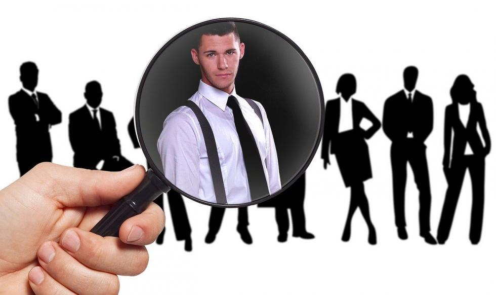 Na czym polega leasing pracowników??