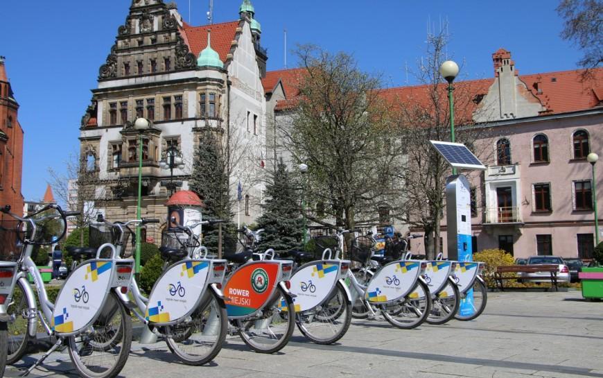Legnicki Rower Miejski wypożyczymy ipojedziemy nim do20 grudnia