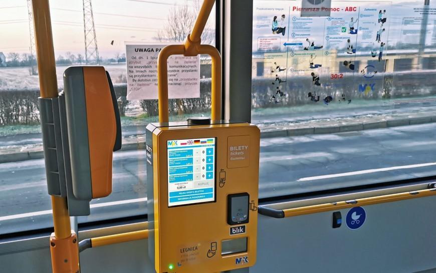 Coraz chętniej kupujemy bilety autobusowe wautomatach
