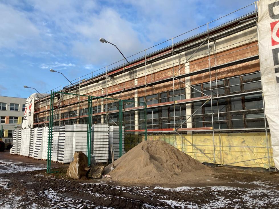Przebudowa sali gimnastycznej dla ZPS przebiega zgodnie zplanem