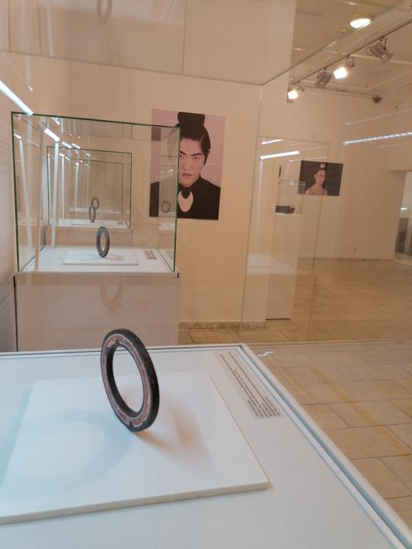 Galeria Sztuki zaprasza na Srebrne autorskie wystawy